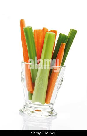 how to cut celery sticks