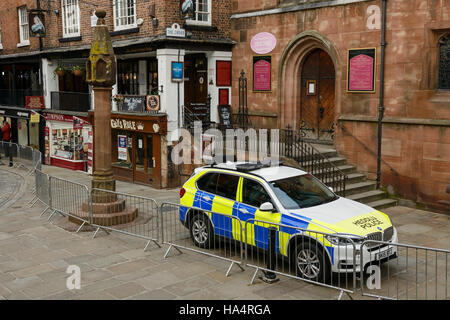 Chester, UK. 28th November 2016. A strong police presence and tight security in the city centre ahead of the memorial - Stock Photo