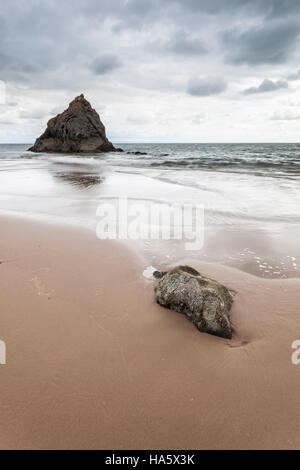 A small cove near to Three Cliffs Bay on Gower Peninsula in Wales. - Stock Photo