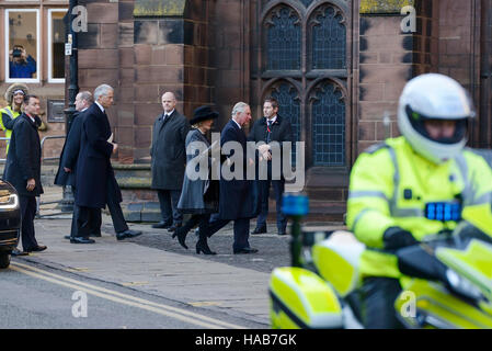 Chester, UK. 28th November 2016. Prince Charles and Camilla arrive at Chester Cathedral for the memorial service - Stock Photo