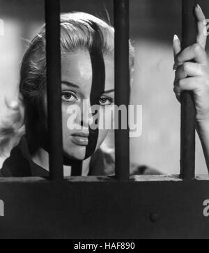 BLONDE SINNER (aka Yield To the Night) 1956 Associated British film with Diana Dors - Stock Photo
