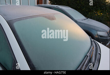 Wimbledon, London, UK. 30th November, 2016. Thick frost coats car windscreens at dawn in SW London on the last day - Stock Photo