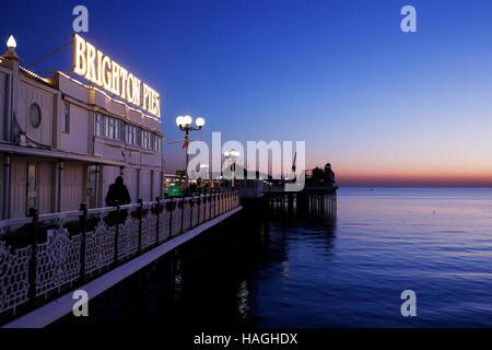 Brighton. East Sussex, UK. 30th Nov, 2016. Quiet winter evening on Brighton Pier, Brighton Pier Group PLC, which - Stock Photo