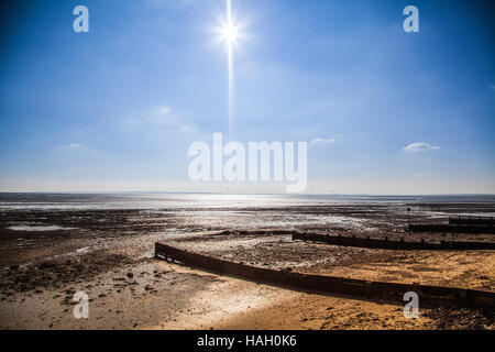 Sunny beach in Southend on Sea - Stock Photo