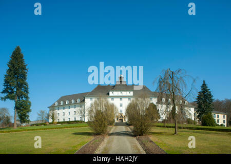 Deutschland, Nordrhein-Westfalen, Olpe, Pallotti-Haus - Stock Photo