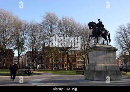 Queen's Square in Bristol statue William III by Dutch sculptor John Michael Rysbrack - Stock Photo