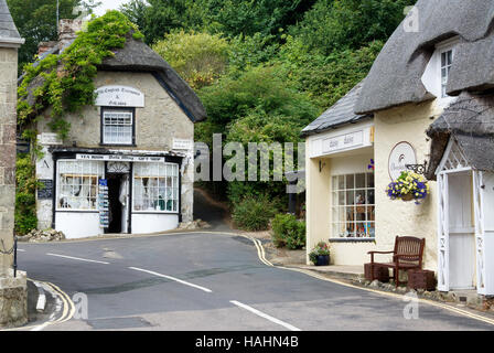Bats Wing tea room and gift shop in the picturesque village of Godshill on the Isle of Wight, England, UK - Stock Photo
