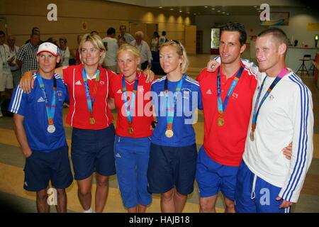 GB SAILING MEDAL WINNERS GB SAILING WINNERS ATHENS GREECE 22 August 2004 - Stock Photo