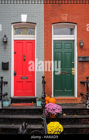 ... Washington DC - Row houses with red and green front doors on Capitol Hill. & WASHINGTON DC USA - Front door at Scottish Rite of Freemasonry ... pezcame.com