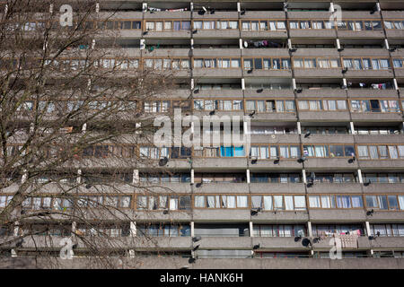 The tall block of flats on the Thurlow Street estate, on 28th November 2016, in the south London borough of Southwark, - Stock Photo