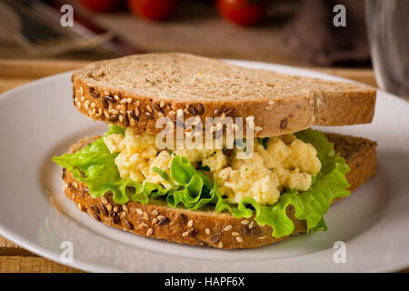 how to prepare bread sandwich with egg