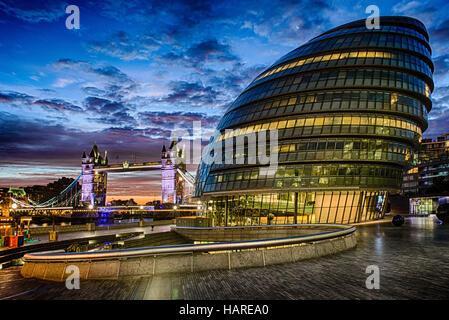City Hall and Tower Bridge, London, England, Tuesday, September 27, 2016.Photo: David Rowland / One-Image.com - Stock Photo