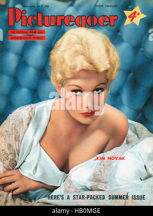 Front cover of Picturegoer magazine for 21st July 1956 featuring actress Kim Novak - Stock Photo