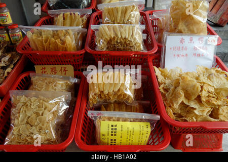 Tai O, Lantau Island, Hong Kong, China, Asia, dried fish for sale on market stall. - Stock Photo