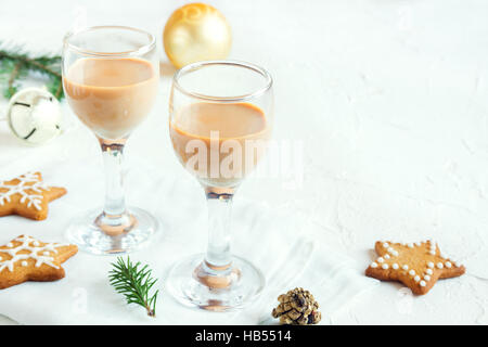 Chirstmas Irish cream liqueur  - homemade traditional festive drink for Christmas time with gingerbread cookies - Stock Photo