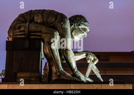 A Bronze Statue of Sir Isaac Newton by Eduardo Paolozzi, outside The British Library in London, England, UK - Stock Photo
