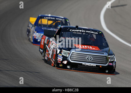 NASCAR:  May 05 Toyota Tundra 250 - Stock Photo