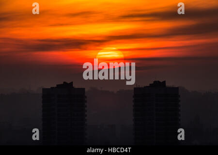 London, UK. 5th December, 2016. UK Weather: Evening sunset over Tustin Estate, Peckham, south east London Credit: - Stock Photo