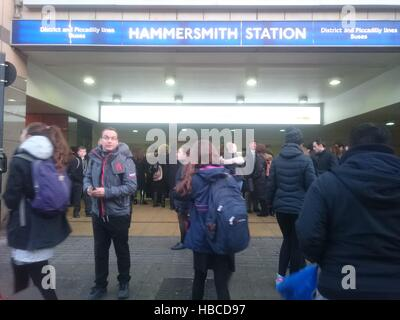 London, UK. 5th Dec, 2016. Hammersmith Station closed after security alert during rush hours in the morning © Nastia - Stock Photo
