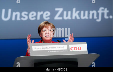 Essen, Germany. 6th Dec, 2016. CDU leader and German Chancellor Angela Merkel speaking at the CDU federal party conference in Essen, Germany, 6 December 2016. Photo: Kay Nietfeld/dpa/Alamy Live News