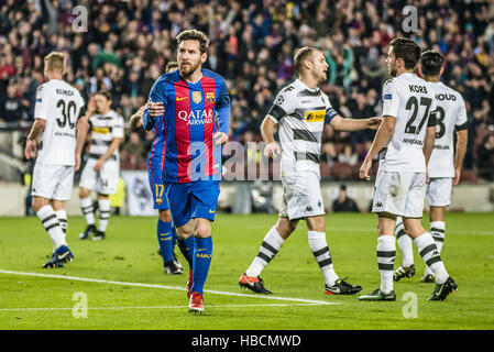 Barcelona, Catalonia, Spain. 6th December, 2016. FC Barcelona forward MESSI celebrates his goal during the Champions - Stock Photo