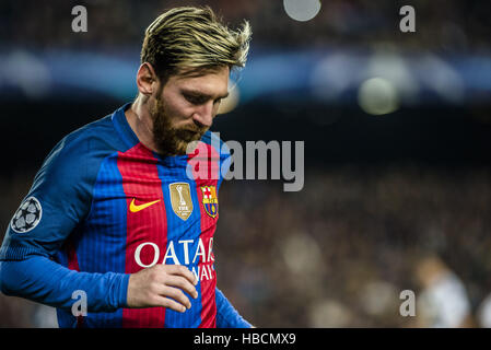 Barcelona, Catalonia, Spain. 6th December, 2016. FC Barcelona forward MESSI during the Champions League match against - Stock Photo