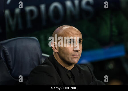 Barcelona, Catalonia, Spain. 6th December, 2016. Gladbach head coach ANDRE SCHUBERT prior to the Champions League - Stock Photo