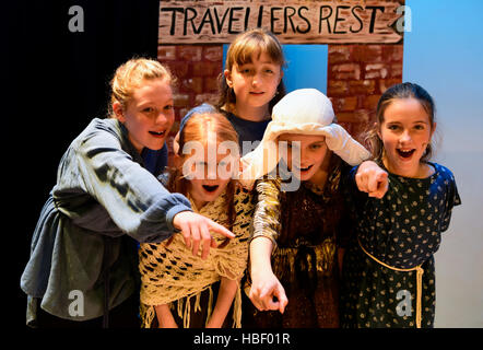 Junior school pupil's performing in their 2016 Christmas school play, Hampshire, UK. - Stock Photo