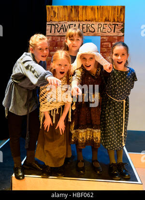 Junior school pupil's performing in their 2016 Christmas school play, Hampshire, UK - Stock Photo