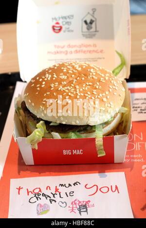"mcdonalds big mac meal ""big mac Stock Photo, Royalty Free ..."