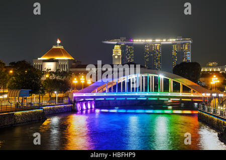 Overview of Singapore with the Elgin bridge - Stock Photo