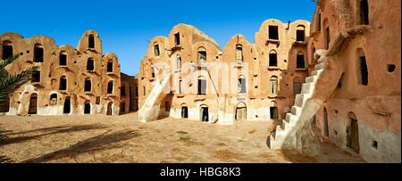 Ksar Ouled Soltane, fortified granary near Tataouine, northern Sahara, Tunisia - Stock Photo