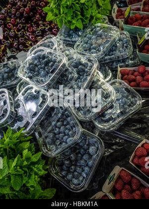 Fresh fruits on sale - Stock Photo