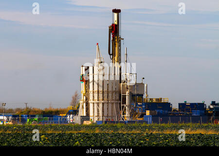 Cuadrilla Resources drilling equipment at Shale Gas Drill expoloration Site. The Grange Hill site is located near - Stock Photo
