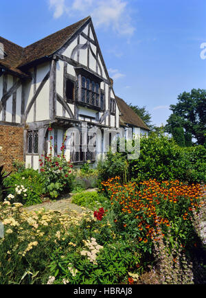 Stoneacre a 15th century half timbered yeoman 39 s house for Stone acre
