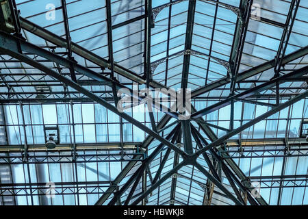 Roof at Liverpool Street Station, a mainline station in central London. - Stock Photo