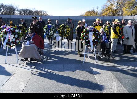 Washington, DC, USA. 7th Dec, 2016. Pearl Harbor survivor veterans attend the 75th anniversary commemoration of - Stock Photo