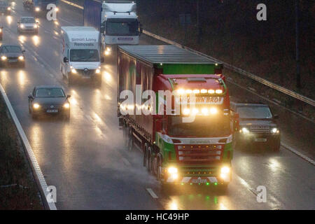 Torrential Rain, M6 Preston, 8th Dec 2016: UK WEATHER.  After a night of torrential downpours over the north west - Stock Photo