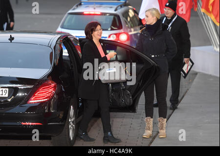 Hamburg, Germany. 8th Dec, 2016. OSCE PA President Christine Muttonen, on her way to the meeting of the OSCE ministerial - Stock Photo