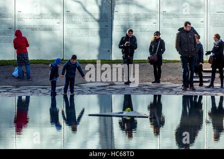 Berlin Roma Sinti memorial, Tiergarten Park, Berlin, Germany - Stock Photo