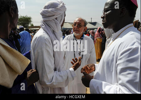 BURKINA FASO Dori, dialogue Christianity and Islam, appointment of new Imam of Grand Mosque, greeting of guests - Stock Photo