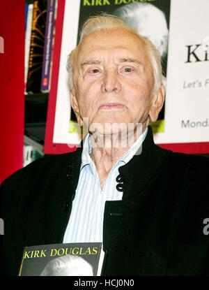 File. 9th Dec, 2016. KIRK DOUGLAS (born Issur Danielovitch; December 9, 1916) is an American actor, producer, director, - Stock Photo