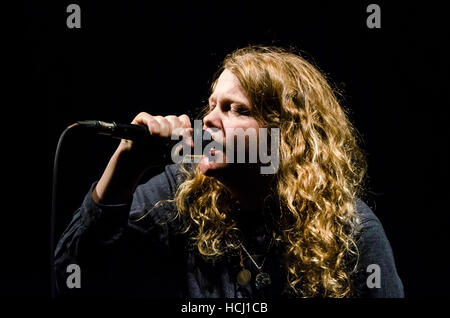 Brighton, East Sussex, UK. 9th December 2016. Kate Tempest, poet and spoken word artist, performs live at All Saints - Stock Photo