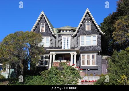 Dutch Flemish Medieval Shingle Style House, Vallejo, California - Stock Photo