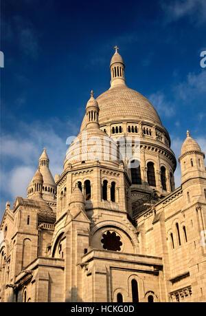 The Basilique du   Sacré-Cœur ('Basilica of the Sacred Heart), simply known as 'Sacré-Cœur', Montmartre, Paris, - Stock Photo