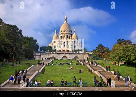 The Basilique du   Sacré-Cœur ('Basilica of the Sacred Heart), simply known as 'Sacré-Cœur', Montmartre, Paris, - Stock Photo