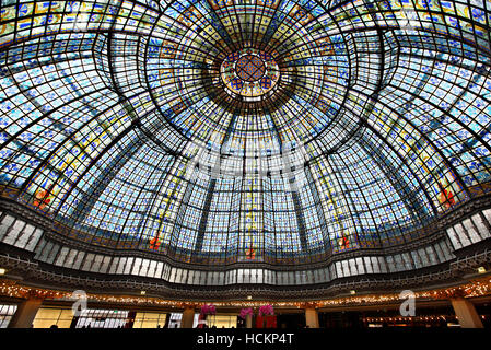 The cupola in the restaurant of Printemps, one of the most famous Parisienne shopping center (since 1894),  Paris, - Stock Photo