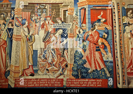 Beautiful tapestry in the Medieval Museum (Musée national du Moyen Âge), Quartier Latin, Paris, France. - Stock Photo