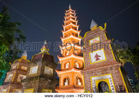 Tran Quoc Pagoda (Chua Tran Quoc) at night, Tay Ho District, Hanoi, Vietnam, Indochina - Stock Photo