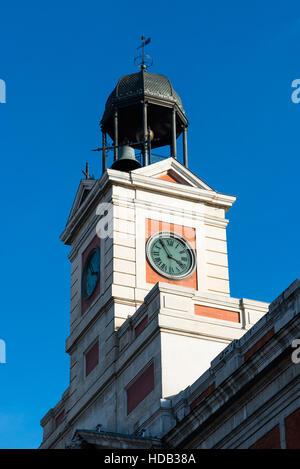 Clock tower main post office 1888 launceston northern for Casa de correos madrid